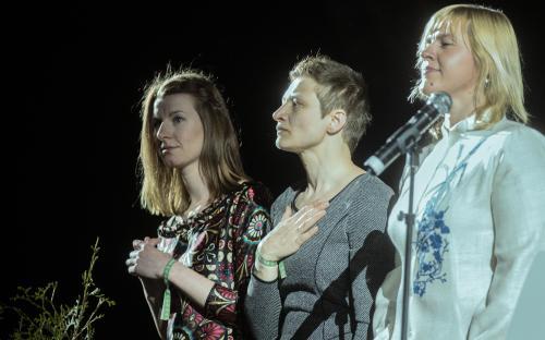 Festivali õnnestumise eest seisid kunstiline juht Triin Koch (TÜ naiskoori ja kammerkoori peadirigent), lavastaja Anne Türnpu ning helilooja Maria Kõrvits.